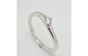 Prsteň s diamantmi z bieleho zlata Avignon